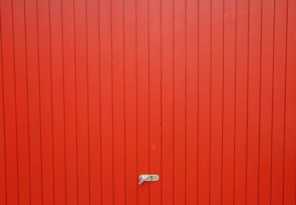 Een garagepoort voor je nieuwe woning kopen